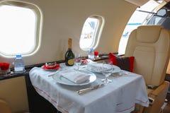 Lyxigt inre flygplanaffärsflyg Royaltyfri Bild