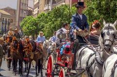 MÀLAGA, SPANIEN - AUGUST, 14: Reiter und Wagen im Màlaga Stockfotos