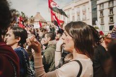 MÀLAGA, SPANIEN - 8. MÄRZ 2018: Tausenden Frauen nehmen am feministischen Streik am Frauen-Tag im Stadtzentrum von Màlaga teil Stockfotos