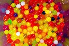 Mágica que cresce bolas coloridas da geleia Foto de Stock Royalty Free