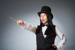 Mágico da mulher no conceito engraçado Fotos de Stock