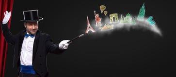 Mágico que usa a varinha à viagem em torno do mundo Fotografia de Stock Royalty Free
