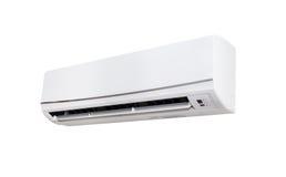 Máquina branca do condicionador de ar da cor isolada no fundo branco Foto de Stock Royalty Free