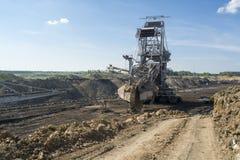 Máquina carbonosa - máquina escavadora da mina Fotos de Stock Royalty Free