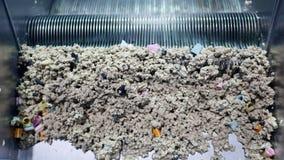 Máquina da eliminação de resíduos sólidos video estoque