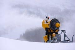 Máquina da neve da inclinação do esqui foto de stock royalty free