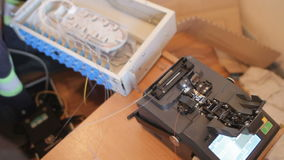 Máquina da tala do cabo de fibra ótica vídeos de arquivo