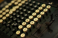 Máquina de adição do vintage Imagens de Stock Royalty Free