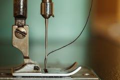 Máquina de coser. Imagen de archivo
