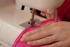 Máquina de coser, cierre para arriba Fotografía de archivo