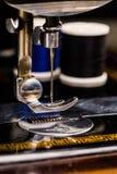 Máquina de coser de la vendimia fotografía de archivo