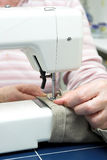Máquina de coser eléctrica Fotos de archivo