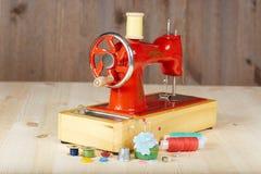Máquina de coser manual del vintage Fotografía de archivo