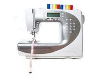 Máquina de costura branca moderna Foto de Stock Royalty Free