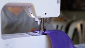Máquina de costura vídeos de arquivo