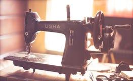 Máquina de costura de Usha do vintage Imagens de Stock