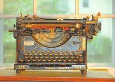 Máquina de escrever do vintage fotografia de stock