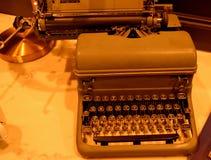 Máquina de escrever manual mecânica 2 do vintage imagem de stock royalty free