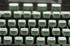 Máquina de escrever verde velha Imagens de Stock