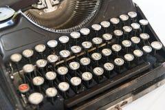 Máquina de escribir antigua Imagen de archivo libre de regalías