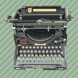 Máquina de escribir del viejo estilo en fondo retro Foto de archivo