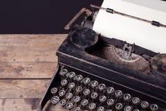 Máquina de escribir mecánica del vintage Imágenes de archivo libres de regalías