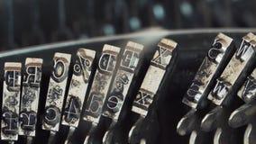 Máquina de escribir vieja del vintage, primer metrajes