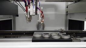 Máquina de la automatización en la fabricación moderna almacen de metraje de vídeo