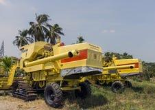 Máquina de la cosecha del arroz Fotografía de archivo libre de regalías