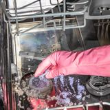 Máquina de lavagem da louça do interior Esgoto obstruído imagens de stock royalty free