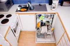 Máquina de lavar louça Fotos de Stock