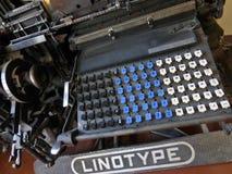 Máquina de linotipia retra del vintage Fotos de archivo