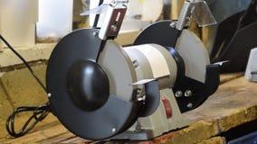 Máquina de pulir de las muelas abrasivas Eléctrico afilado Tipo de equipo para afilar las herramientas metrajes