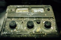 Máquina de radiografía antigua del recogedor del vintage - hospital abandonado Fotografía de archivo libre de regalías
