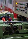 Máquina de rolamento hidráulica da linha foto de stock royalty free