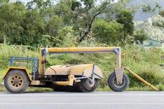 Máquina del barrendero del cepillo del camino Imagen de archivo