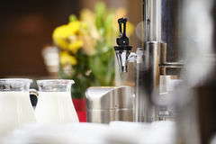 Máquina del café en un hotel Imágenes de archivo libres de regalías