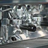 Máquina del fabricante de café del café express. Foto de archivo libre de regalías