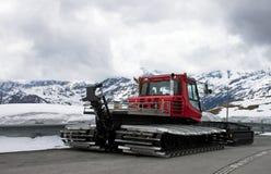 Máquina del retiro de nieve Imagen de archivo libre de regalías