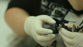 Máquina del tatuaje metrajes