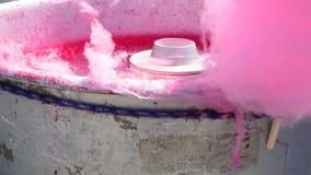 Máquina do algodão doce que gira ao redor vídeos de arquivo