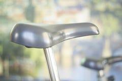 Máquina do ciclo do exercício da bicicleta do Gym Foto de Stock