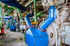 Máquina do compressor e do coletor na fábrica Fotografia de Stock