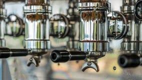 Máquina do fabricante de café do bocal de vapor fotos de stock royalty free