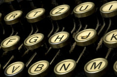 Máquina empoeirada da máquina de escrever foto de stock royalty free