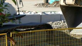 Máquina escavadora cubeta close up Vancôver Canadá setembro de 2016 filme