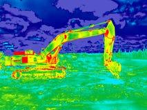 Máquina escavadora da imagem infravermelha imagens de stock royalty free