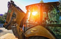 Máquina escavadora no trabalho fotografia de stock royalty free