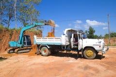 Máquina escavadora seguida Fotografia de Stock