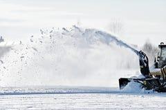 Máquina industrial de la retirada de la nieve Imagen de archivo libre de regalías
